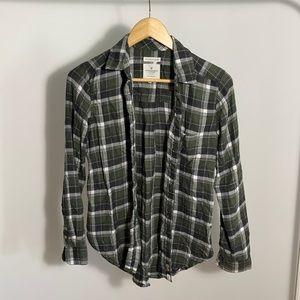 American Eagle Soft Boyfriend Fit Plaid Shirt